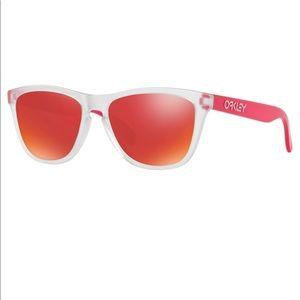 Oakley 🐸 frogskin sunglasses